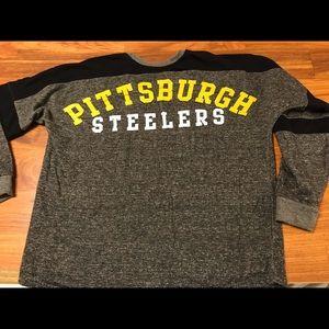 Women's Steelers NFL brand sweatshirt size M